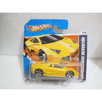 Hot Wheels Lamborghini Reventon Amarillo 118/244 2011 Tc