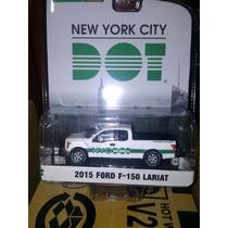 Greenlight Serie Blue Collar Ford F-150 Lariat 2015 New York