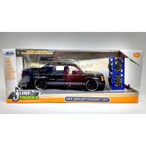 1:24 Cadillac Escalade Ext 2002 Negro C Rines Extra Jada