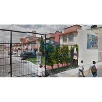 Bonita Casa En Los Sauces, Metepec (remate Bancario)