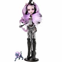 Monster High Boneca Freak Du Chic Clawdeen Wolf Mattel