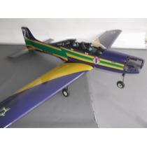Aeromodelo Tucano Desenvolvido Por Engenheiro Da Embraer