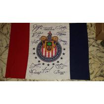 Bandera Oficial De Las Chivas Firmada Por El Equipo Actual