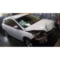 Focus Hatch 1.6 S 2015 Batido Sem Sinistro