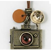 Colar Longo Feminino Pingente Câmera Fotográfica Vintage