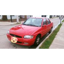 Ford Escort - 2001