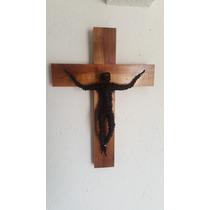 Artesanía Cruz De Madera Con Cristo De Alambre