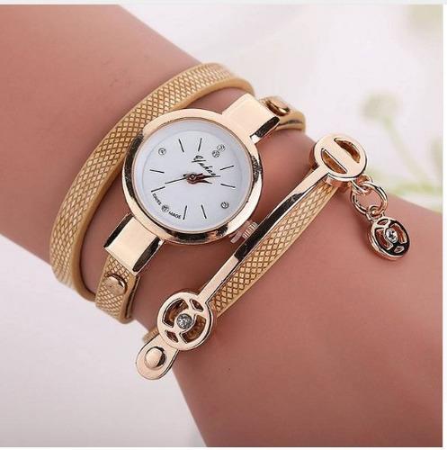 4bf30ae9f03 Kit 6 Relógios Pulseira Feminino Couro Retrô Vintage - R  119