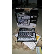 Consola Xenyx Behringer 12 Canales