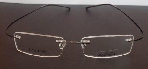 738dcc9efc18d Armação Oculos Grau Beta Titanium Flexivel Grafite Sem Aro - R  79 ...