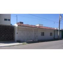 Casa Habitacion Con Departamento De Una Habitacion,baño Completo, Area De Sala Camedor Cocina., La Casa Cuenta Con 3 Habitaciones Con 2.5 Baños, Cochera Para 6 Autos. Easybroker Id: Eb-ad0059