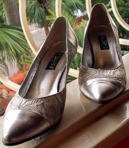 Zapatos De Tacón Plateados Para Dama - Bs. 7 535a17b85ce6