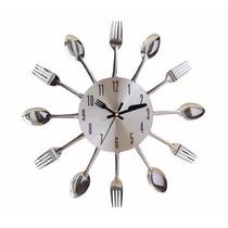 Relógio Parede Cozinha Formato Talheres Dourado