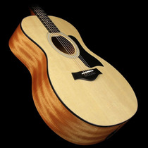Guitarra Taylor 114e Grand Auditorium