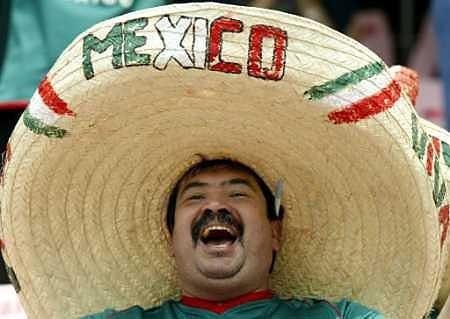 fae216f2db51b Sombrero Mexicano 16 Sept Zapata Fiestas Patrias Revolucion -   64.950 en  Mercado Libre
