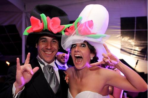 25 Sombreros De Hule Espuma Para Fiestas Bodas Y Cotillón ... fb046fd7d97