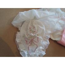 Vestido 15 Blanco Con Delicados Detalles En Rosa. Usado