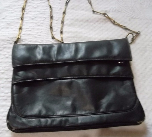 9fc863f91 Bolsa Preta Em Couro Tiracolo Alça Corrente - R$ 30,00 em Mercado Livre