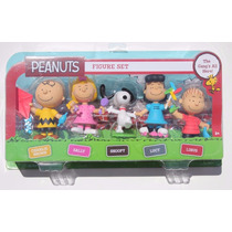 Peanuts Set 5 Figuras Snoopy Lucy Sally Linus Charlie Brown