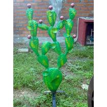 Hermoso Nopal Decorativo De Metal. Estilo Antiguo.