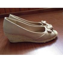 Zapatos Taco Paddock Negros - Beige