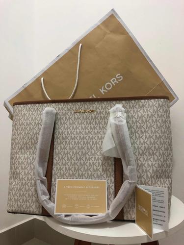 Bolsa Michael Kors Sady - R  1.200,00 em Mercado Livre 2579306fbf