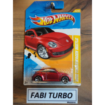 Hot Wheels - 2012 Volkswagen Beetle Fusca Hw Premiere