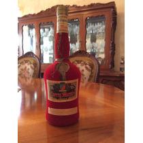 Botella Cherry Marnier Liqueur Edición Especial Red Velvet