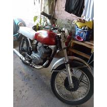 Moto Islo Apache