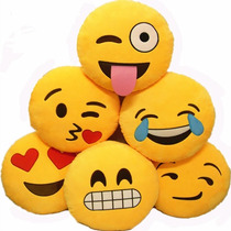 Almohadon Emoticon Emoji Whatsapp!!! Bordados Super Lindos