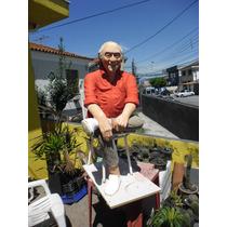 Escultura De Pessoa No Tamanho Natural(a Foto É Exemplo)