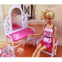 Penteadeira Com Espelho + Cadeira Para Barbie * Monster High