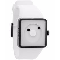 Relógio Nixon Newton Branco Importado Novo Na Caixa