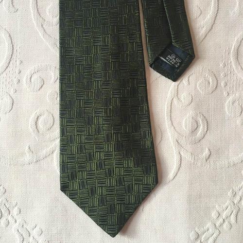 d281ada166512 Gravata Salvatore Ferragamo Original Seda Verde Escuro - R  420,00 em  Mercado Livre