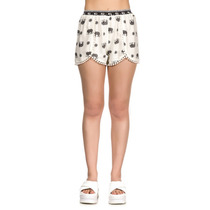 Evelyn Mujer Muaa Oficial Short