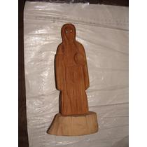 Figura De Santa Muerte Tallada En Madera Como Aparece En Las