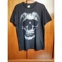 Camiseta Estampa De Caveira Com Foil Prata (unissex)