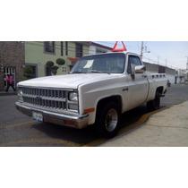 Camioneta Chevrolet Pick-up Mod. 82