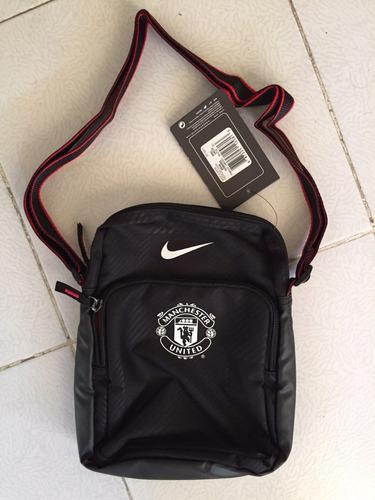 Bolso   Bolsa   Mariconera Nike Manchester United Ipad Mini -   400.00 en  Mercado Libre 064cab32f7f84
