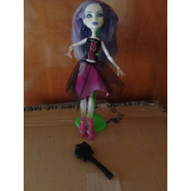 Monster High Spectra Vondergeis