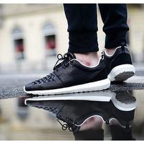 Nike Roshe Run Nm Woven En Cuero.