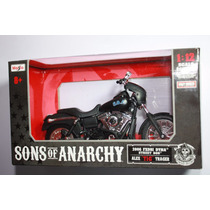 Sons Of Anarchy Alex Tig Trager R2006 Escala 1:12