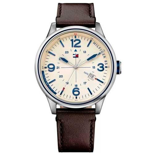 6c7bfcdd43f Relógio Tommy Hilfiger Masculino Couro Marrom - R  692