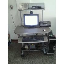 Mesa De Computadora, Usada, En Buen Estado, Con Ruedas