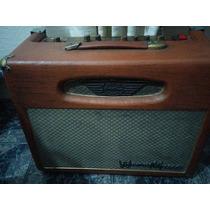 Amplificador 100% Valvulado 50 Watts Warm Music