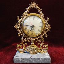 Reloj Antiguo De Bronce Sobre Base De Mármol