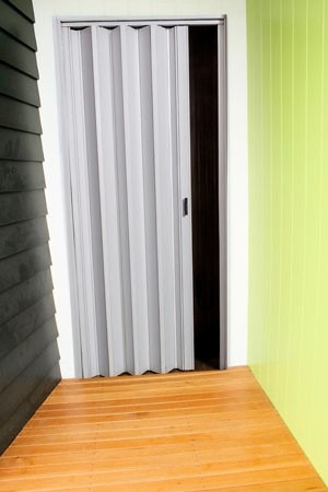 puerta plegable pvc corredizas nuevas economicas 60 x