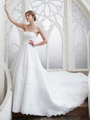 vestido de novia de encaje sin tirantes de una línea sin t