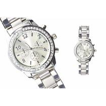 Reloj Estilo Geneva De Metal Con Cristales Y Subdiales