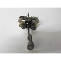 Limitador Da Porta Traseira Esquerda Citroen C3 05/10